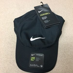 NWT! Nike Youth Dri-Fit Aerobill featherlight Hat